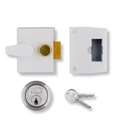 <b>Union 1047 Deadlocking Nightlatch</b>