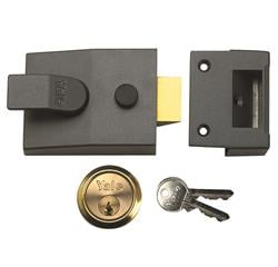 <b>Yale 91 Non Deadlocking Nightlatch</b>